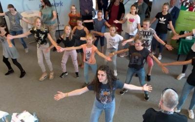 """""""Small Talk"""" follow-up-video: Flashmob in Augsburg"""